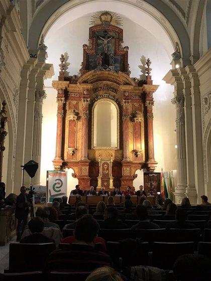 Reyes valora las propuestas del CES para avanzar en el desarrollo de la provincia de Jaén
