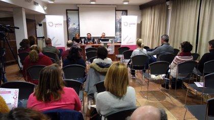 El IEDT de Diputación de Cádiz y la asociación andaluza UATAE ofrecen información en Olvera para aprendices de autónomos