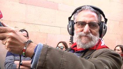 Rikardo Arregi Kazetaritza Sariak ohorezko aipamena egingo dio Iñaki Elorza 'Txapas' kazetariari