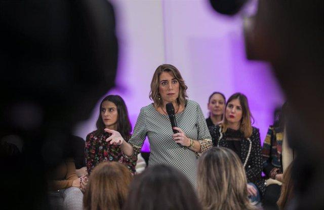 La secretaria general del PSOE-A, Susana Díazparticipa en el acto por el Día Internacional contra la Violencia de Género