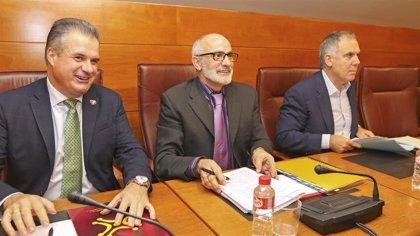 Rodríguez admite que ajustar el presupuesto de Sanidad al gasto real llevará varios años