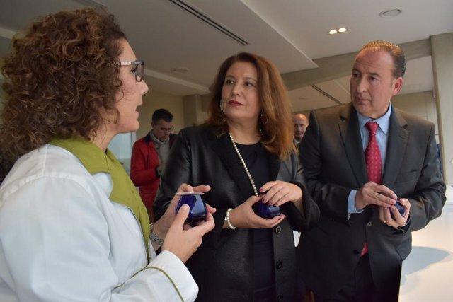 La consejera de Agricultura, Carmen Crespo, visita la nueva almazara Aires de Jaén