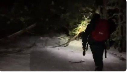 Rescatado en Navacerrada un peregrino con síntomas de hipotermia que intentaba hacer el Camino de Santiago