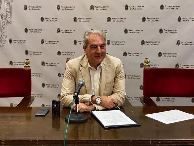 El edil de Derechos Sociales de Granada, José Antonio Huertas