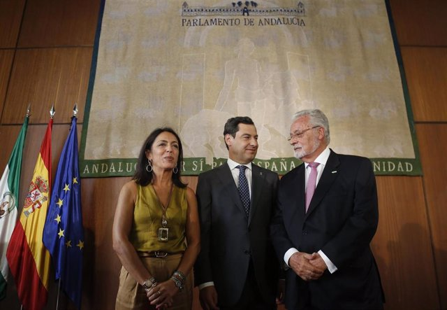 Jesús Maeztu toma posesión de su cargo como Defensor del Pueblo andaluz