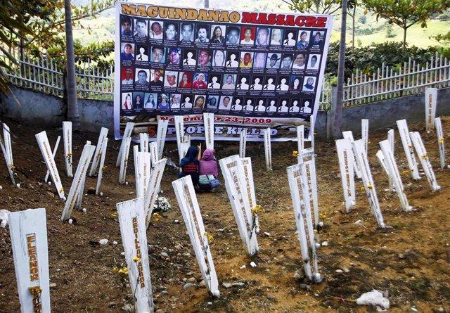 Mural en recuerdo a las víctimas de la masacre de Maguindanao del 23 de noviembre de 2009, en la que fueron asesinadas 58 personas, incluidos 32 periodistas