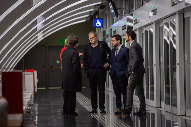 Presidente de la Generalitat Quim Torra, vicepresidente Pere Aragonès, el conseller Damià Calvet, la alcaldesa de L'Hospitalet Núria Marin y la concejal de Movilidad de Barcelona Rosa Alarcón inauguran la estación Ciutat de la Justicia de la L10 Sud Metro