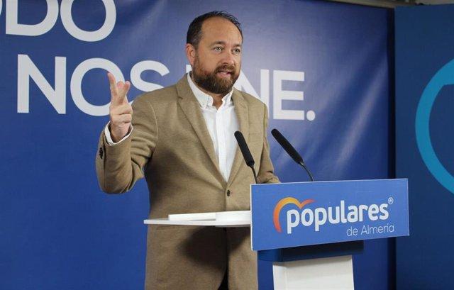 El portavoz de Economía, Empresas, Conocimiento y Universidades del Grupo Popular en el Parlamento andaluz, Ramón Herrera, este sábado