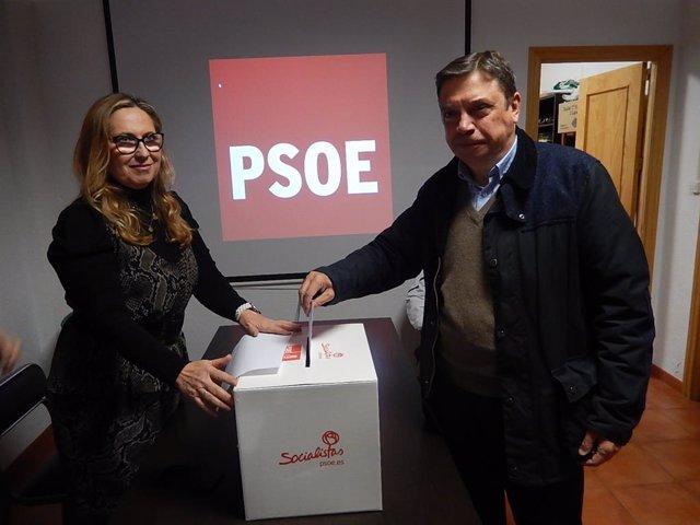 El ministro de Agricultura, Pesca y Alimentación en funciones, Luis Planas y diputado electo del PSOE por Córdoba, Luis Planas, este sábado