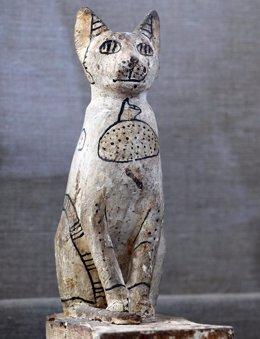 Una momia de gato descubierta en las excavaciones de Saqqara (Egipto)