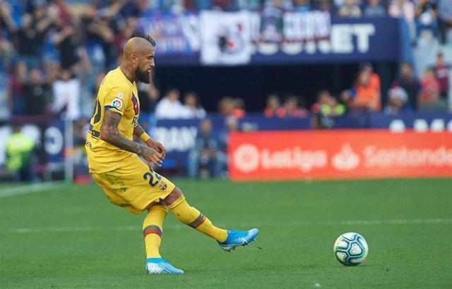 El centrocampista del FC Barcelona Arturo Vidal