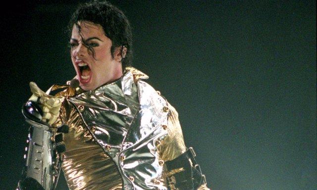 Michael Jackson durante uno de sus conciertos