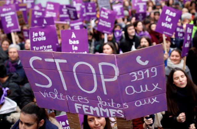 Manifestación contra la violencia machista en París