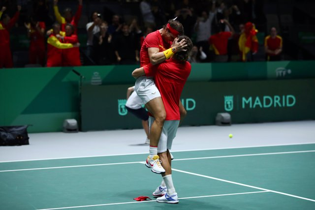 Rafa Nadal y Feliciano López llevan a España a la final de la Copa Davis