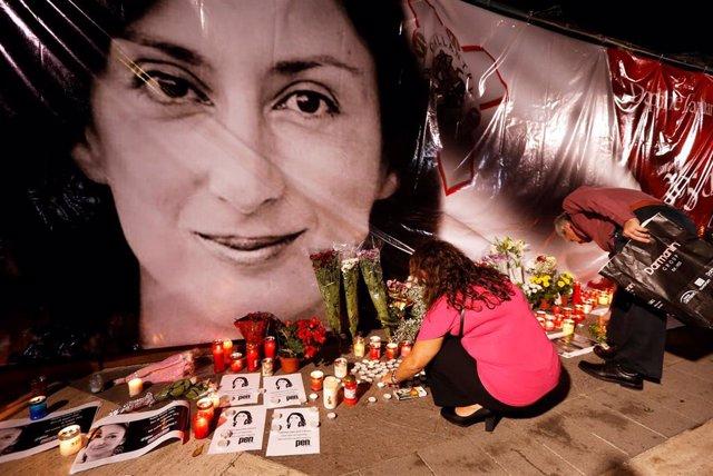 Manifestación de repulsa por el atentado que acabó con la vida de Daphne Caruana Galizia, la reportera maltesa que destapó varios casos de corripción en el país, incluidos algunos relacionados con el Gobierno y su primer ministro