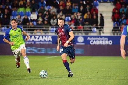 El Huesca vence a la 'Ponfe' y se sitúa en ascenso directo
