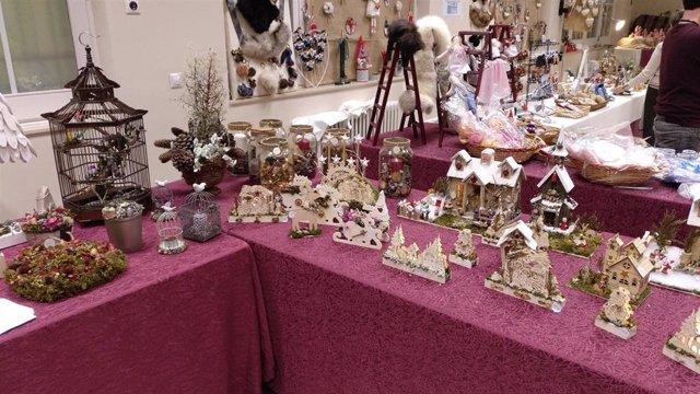 Feria de artesanía navideña de la Sociedad San Vicente de Paúl 'Las Conferencias'.