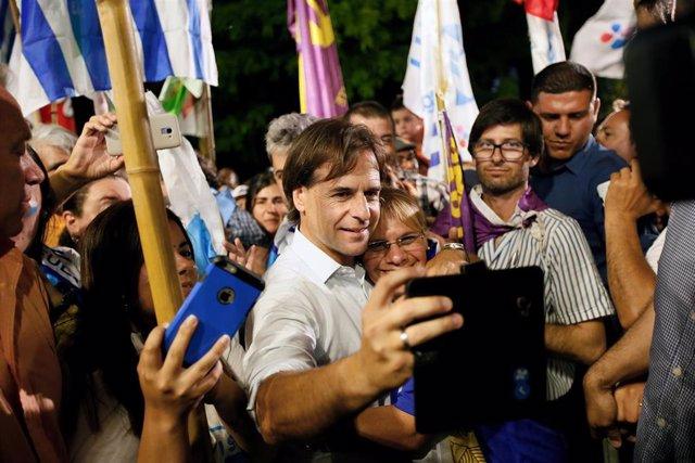 El candidato opositor a la Presidenica de Uruguay, Luis Lacalle Pou