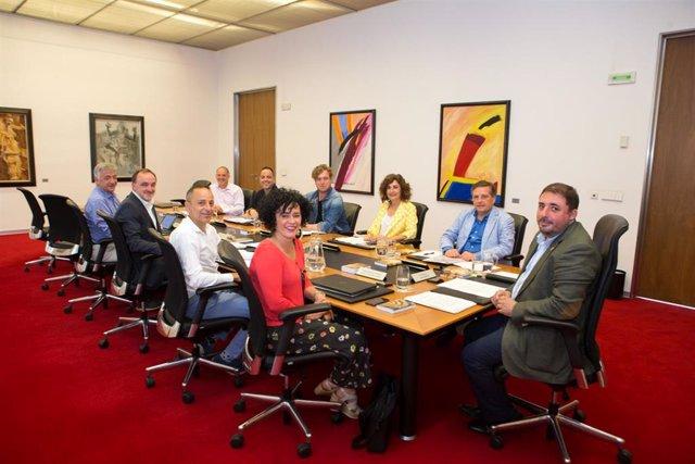 Reunión de la Mesa y Junta de Portavoces del Parlamento de Navarra.