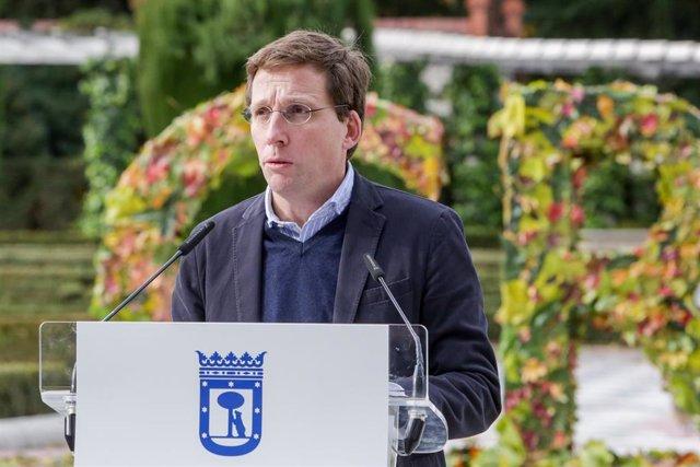 El alcalde de Madrid, José Luis Martínez-Almeida, participa en la presentación del programa de actividades Madrid Green Capital, en Madrid (España) a 24 de noviembre de 2019.