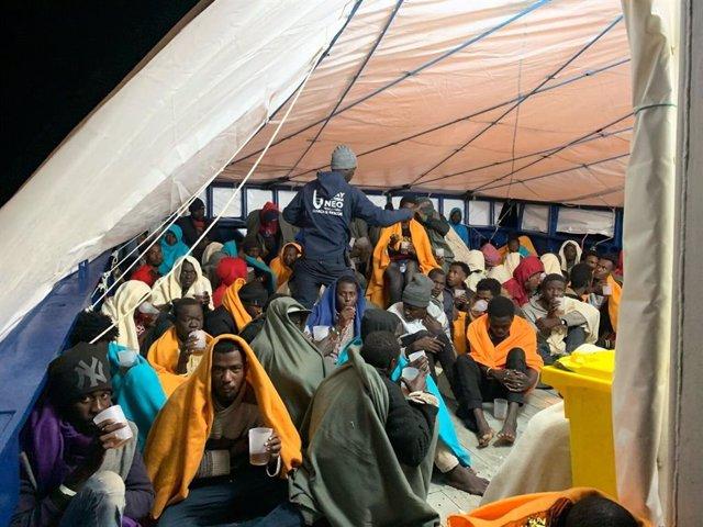 Europa.- El 'Aita Mari' sigue a la espera de puerto seguro en plena borrasca con