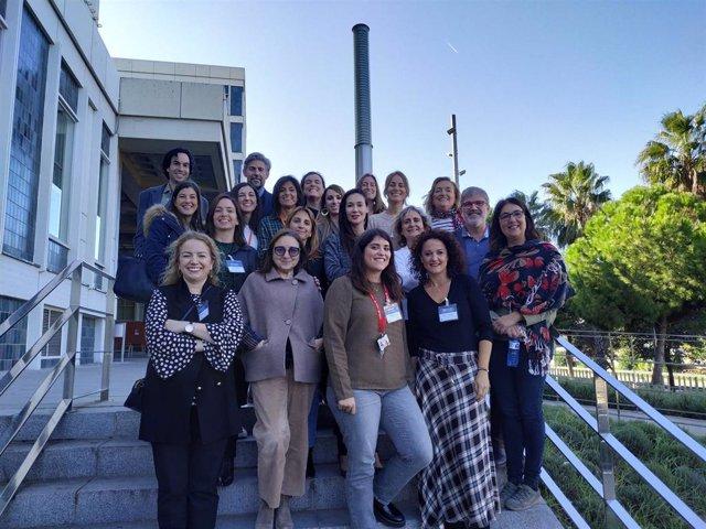 Integrantes del proyecto 'INSTrUCT' durante la reunión que mantuvieron en Barcelona