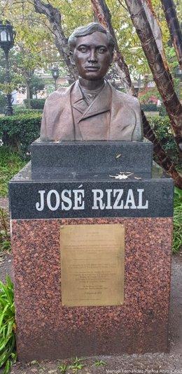 Busto de José Rizal.