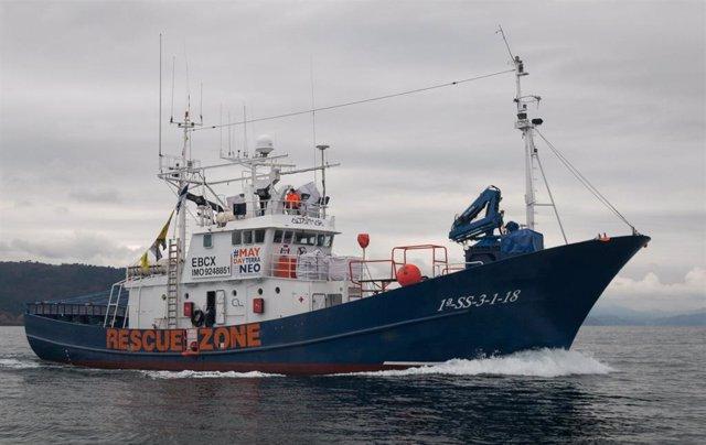 Barco de rescate Aita Mari