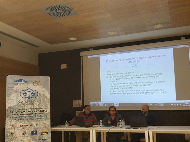 Investigadores en el II Congreso Internacional de Comunicación y Pensamiento.