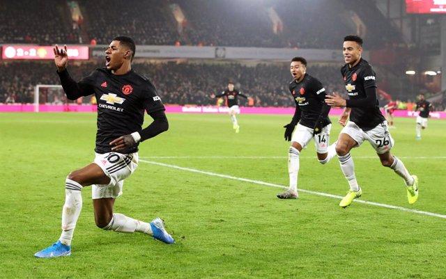 Fútbol/Premier.- (Crónica) El Manchester United empata un duelo vertiginoso en B
