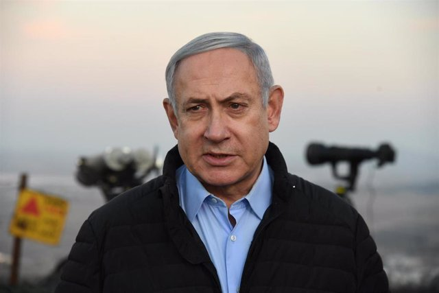 Benjamin Netanyahu en una base militar en los Altos del Golán