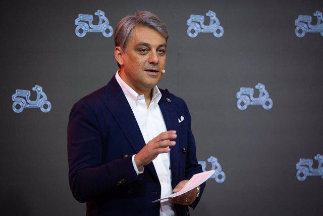 El president de Seat Luca de Meo ofereix una conferència sobre micromobilitat urbana durant la novena edició de l'Smart City Expo World Congress (SCEWC), Barcelona (Espanya), 19 de novembre del 2019.
