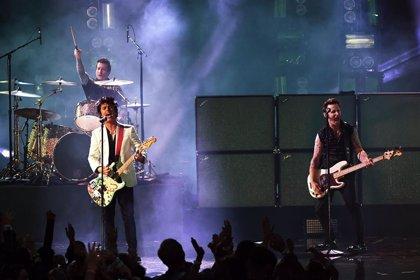 Green Day hacen la gran actuación de la noche en los American Music Awards 2019