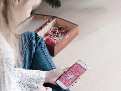 El 92% de los niños de más de 14 años tiene móvil, según el INE