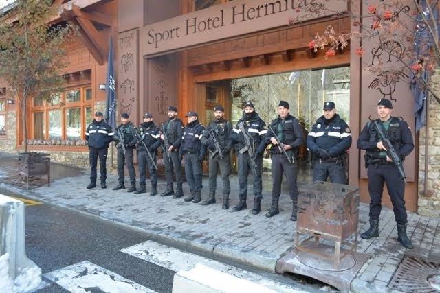 Efectius de la Guàrdia Civil desplegats a Andorra per a donar suport a la policia local en la reunió de ministres de l'exterior preparatori de la Cimera Iberoamericana