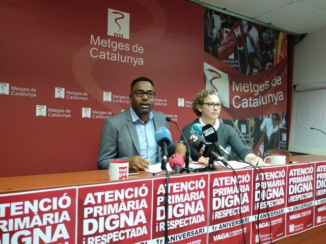 El president del sector Primària ICS de Metges de Catalunya, Javier O'Farrill, i la secretària del sector, Elena Bartolozzi