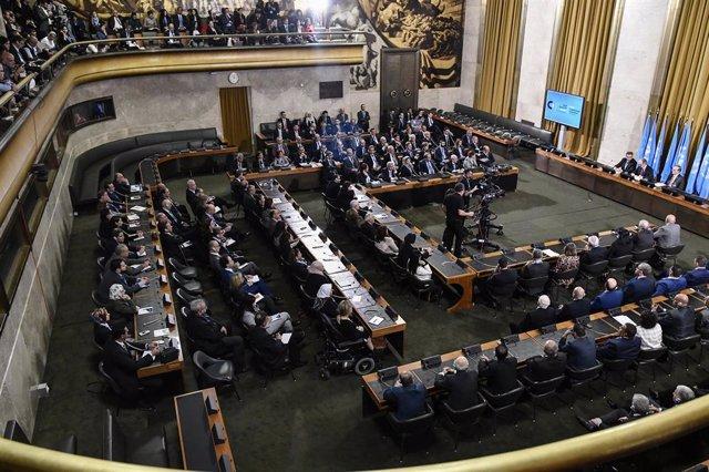 Primera reunión del comité constitucional para Siria en Ginebra