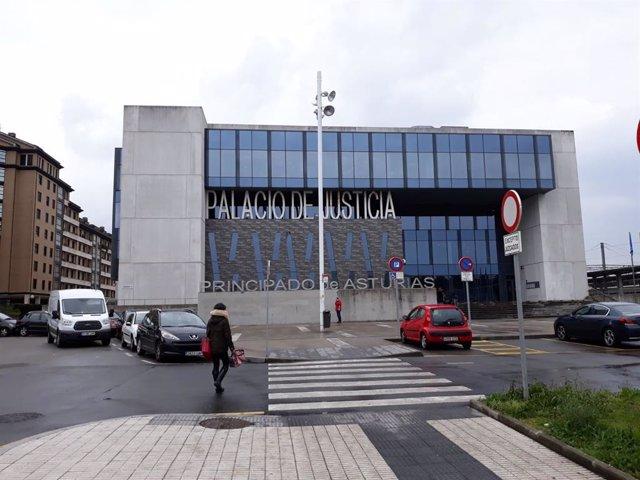 Trib.- Piden 2 años y 4 meses para un hombre por defraudar 140.000 euros por ase