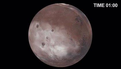 Una nubosa jornada marciana, a través de los ojos de un superordenador