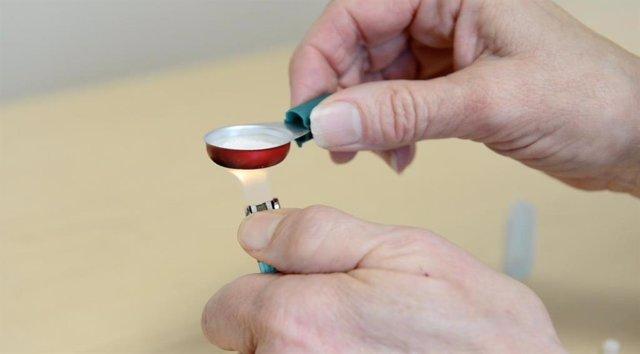 Equipo utilizado para preparar las drogas antes de inyectarse