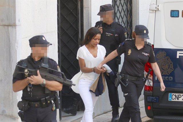 La autora confesa de la muerte del niño Gabriel Cruz, Ana Julia Quezada, a la salida de la  Audiencia Provincial de Almería, donde ha comenzado la vista oral con jurado popular por el asesinato del pequeño en febrero de 2018.