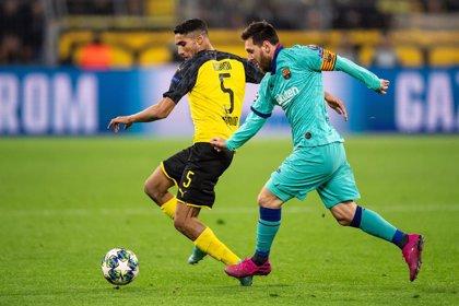 El Barça busca el liderato en un mar de dudas por su juego