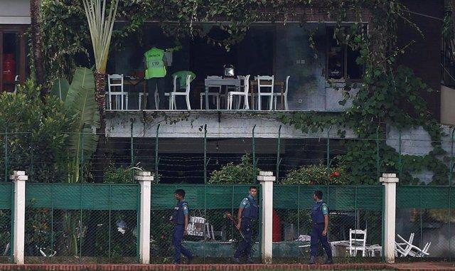 El restaurante Holey Artisan tras el atentado de julio de 2016