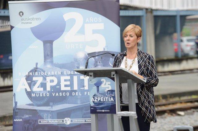 La consejera de Desarrollo Económico, Arantza Tapia, en un acto en Azpeitia.