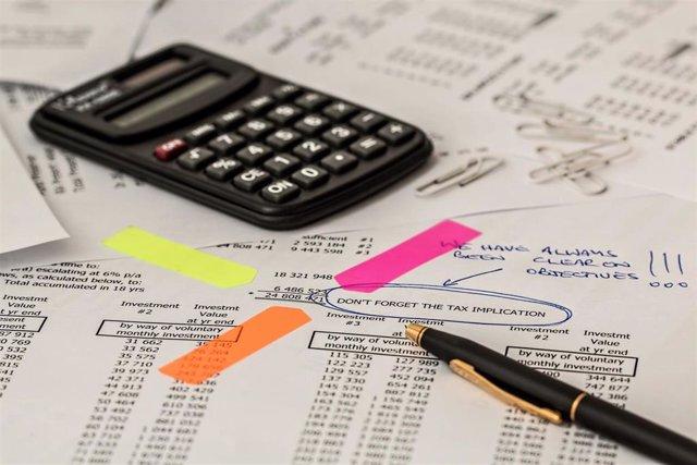 Los plazos de pago de las empresas se reducen a una media de 92 días, según Iberinform