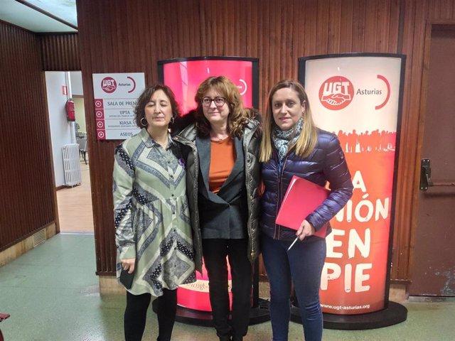 La secretaria de Igualdad de UGT, Carmen Escandón, la catedrática Ana Rosa Argüelles, y la vicesecretaria de UGT, Nerea Monroy.