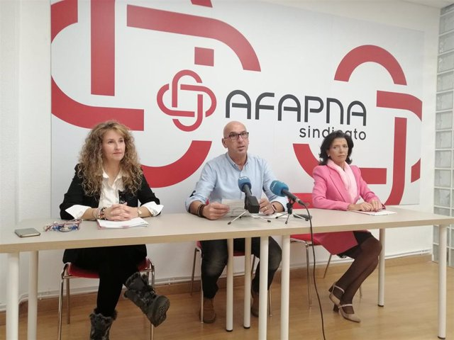 Sandra Pereda, Juan Carlos Laboreo y Esmeralda Landa, de Afapna