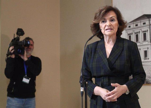 La vicepresidenta del Gobierno en funciones, Carmen Calvo, ofrece una rueda de prensa en el Congreso de los Diputados, en Madrid (España), a 27 de noviembre de 2019.
