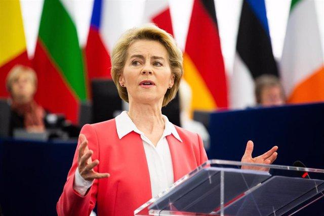 Ursula von der Leyen interviene ante el Parlamento Europeo