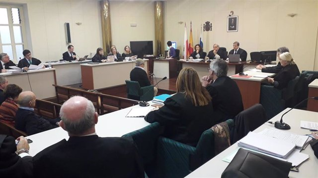 El exarquitecto municipal de Castro Urdiales Pedro Restegui declara como acusado en el juicio de La Loma